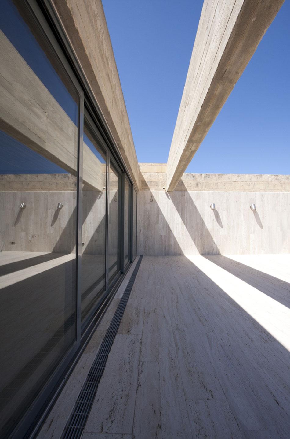 roof-beam