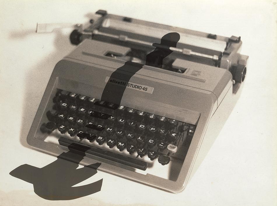 Typewriter-541f07ca29765silveira
