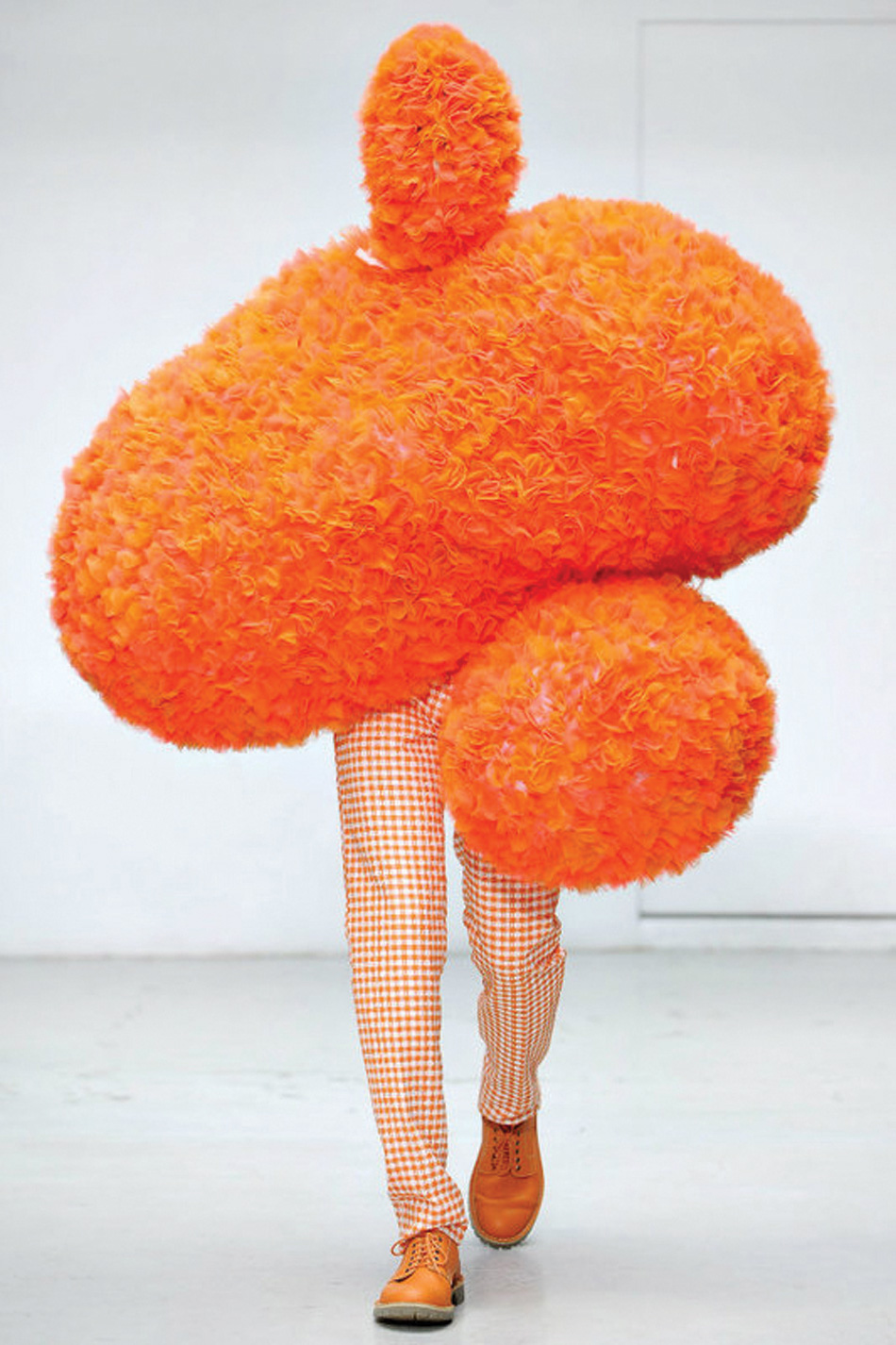 COUSIN IT'S RUNWAY inspiration We find this one a little tricky to relate to. Maybe we just don't love orange enough.
